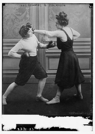 WomenBoxing